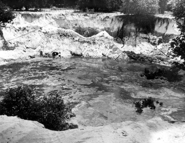 PHOTO: State Archives of Florida /Sinkhole Polk County Florida